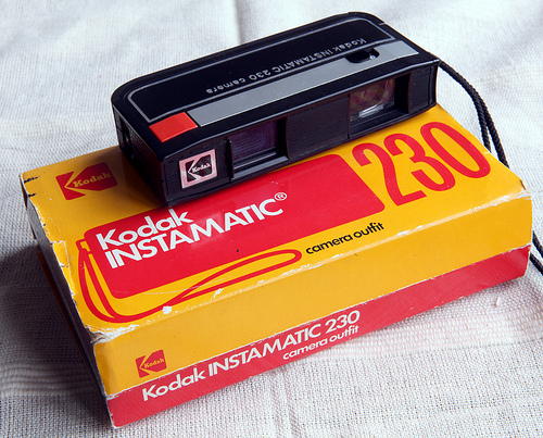 Photo of a Kodak Instamatic 230 camera